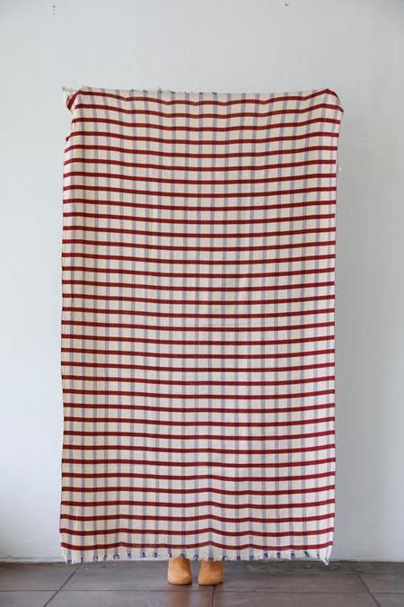 Moismont Blanket - 35 Cherry