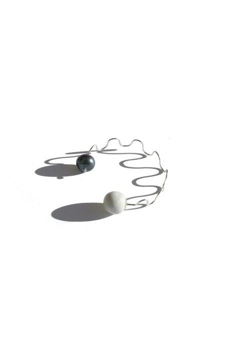jujumade pearl wave earring