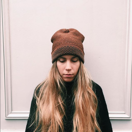 KORDAL SEED STITCH HAT - BROWN/DK GREY
