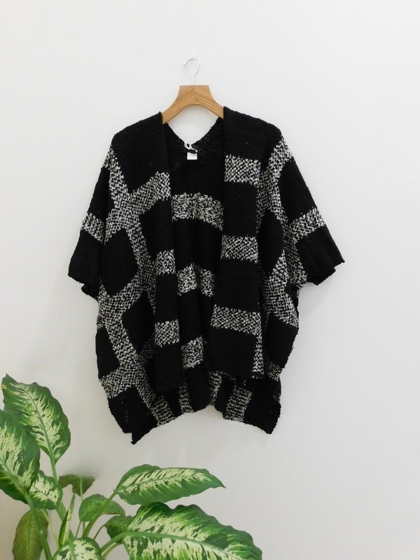 Lumiere Dolman Sleeved Checkered Cardi