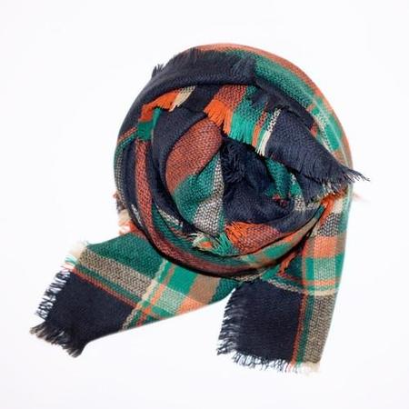 PIPE AND ROW STAPLES PLAID BLANKET SCARF - CHARCOAL/GREEN