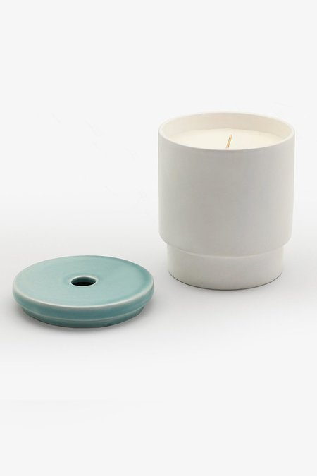 PIPE AND ROW PALE BLUE CANDLE - COOL SEA