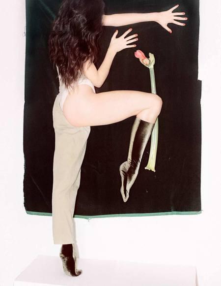 Simone Wild  Knee Velvet Socks - Olive Green