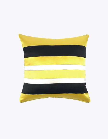 TARONI Wolf Silk Pillow
