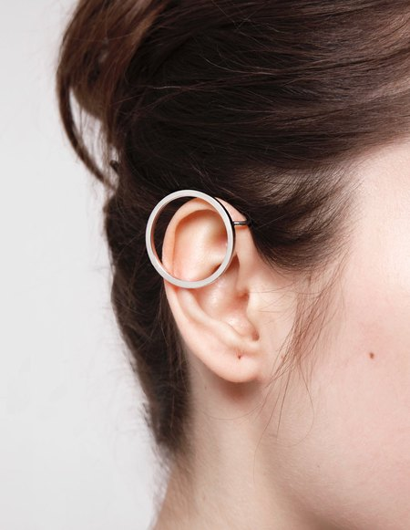 Kim Mee Hye Foyer Ear Cuff One Circle Palladium