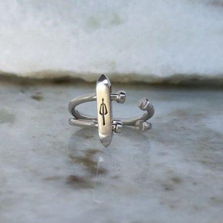 M33ms Acrobat Ring