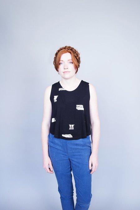 Eve Gravel Minnow Top - Black