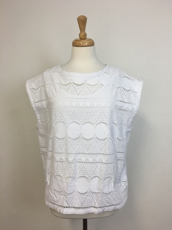 Elk Broderie Anglaise Top - White