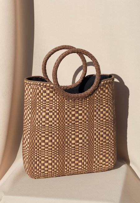 Pari Desai Hydra Woven Bag - Saddle