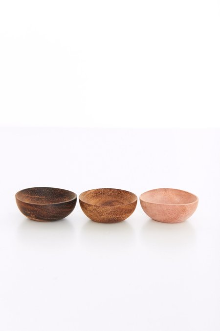PERSONNEL of New York Maku Petit Bowls With Spoons