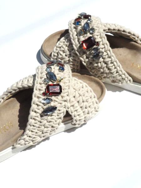 Inuikii Woven Stone Sandals - Ivory