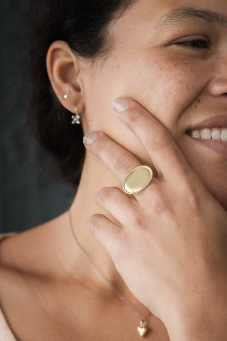 Melissa Easton Large Ridged Horizontal Ring