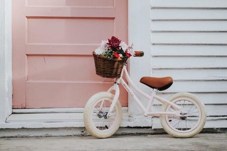 Kids Banwood FIRST GO! Bike - Pink