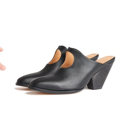 the palatines ina mule -  black smooth leather