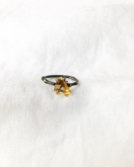 Variance Citrine Small Stone Ring
