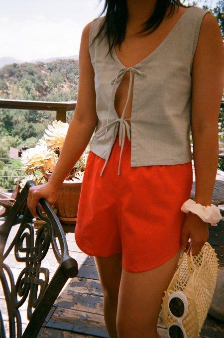 Lisa Says Gah Capri Linen Short - Tomato