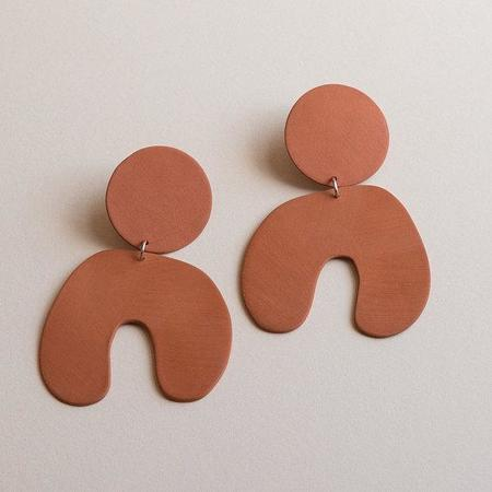 Four Eyes Ceramics Big Arch Earring - Terracotta