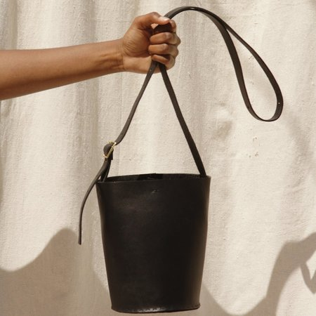 Tree Fairfax Minimal Bucket Bag