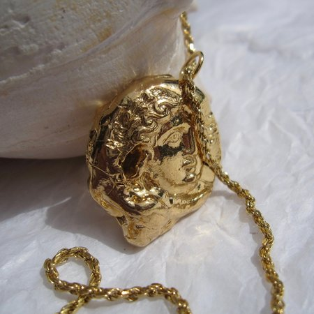 Pamela Card Birth of Venus Necklace - gold
