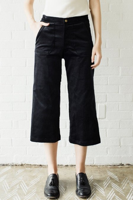 Raven and Lily Lucy Cropped Velvet Trouser - Black