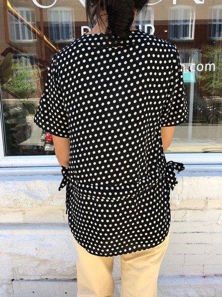 JUST FEMALE ELINE BLOUSE - black/white dots