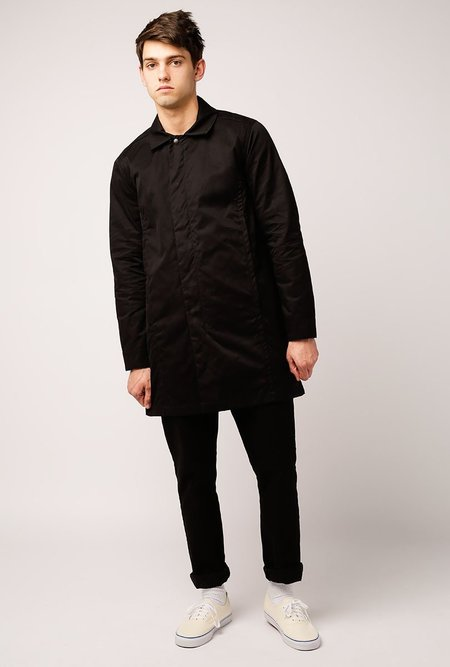 WELCOME STRANGER Teiban Trench Coat - black
