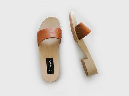 Summer Clogs - Honey