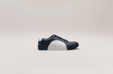 THEY Circle Low Sneakers - Navy/White