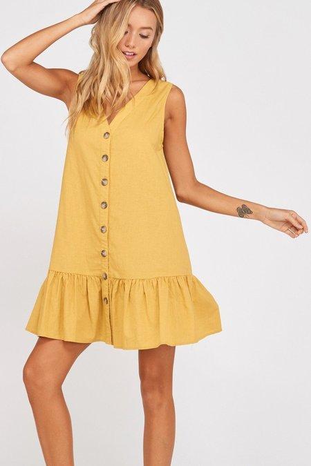Wishlist Easy As Pie Shift Dress - Mustard