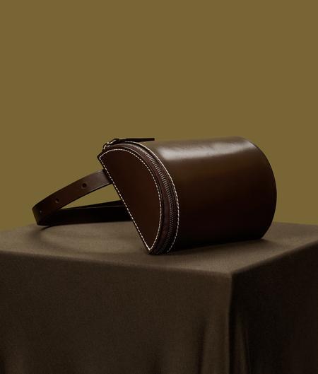 Building Block Beltpack in Dark Chocolate