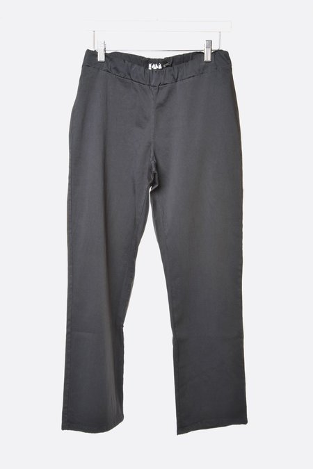 Labo.Art Lim Doge Pants - Dark Grey