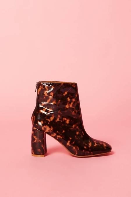 Jaggar Gloss Boots - Tortoiseshell
