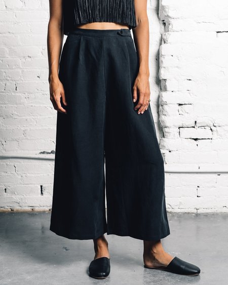 Ozma Studio Pant - Black