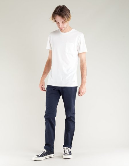 The Daily Co. Slim Chino - Navy