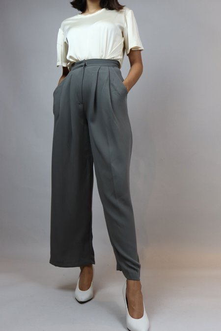 W A N T S High Waisted Crepe Pants - GREY
