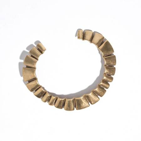 Aesa Curved Wind Pleat Cuff - BRASS