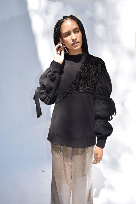 Of Her Own Kind Marlow Sweatshirt - Black
