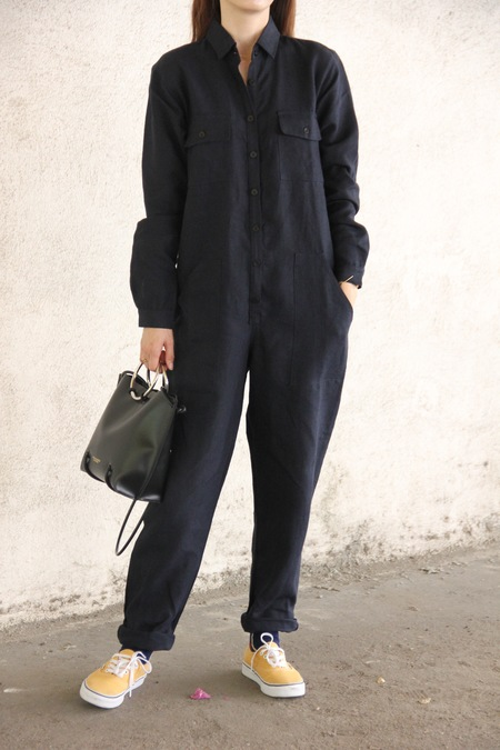 OZMA LONG SLEEVE BRUSHED LINEN PAINTER'S JUMPSUIT - Navy