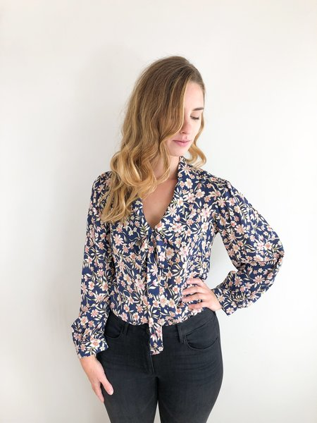 Rachel Pally Fable Top - Navy Floral