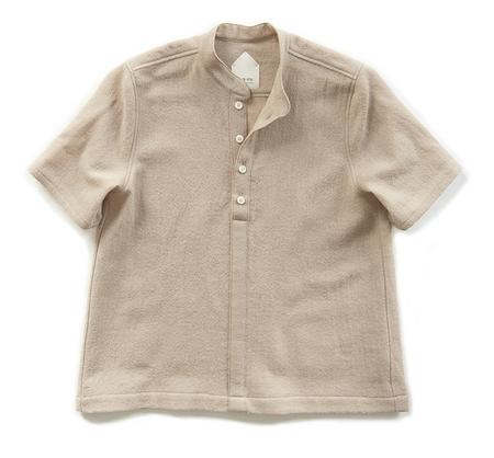 wrk-shp powder shirt - BEIGE