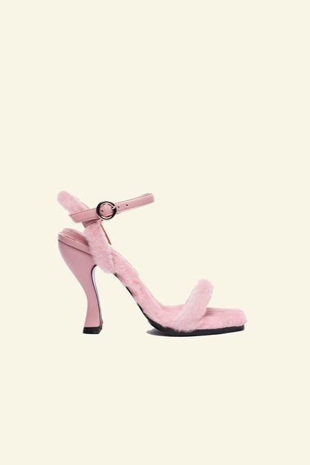 Nicole Saldana dylan - pink shearling