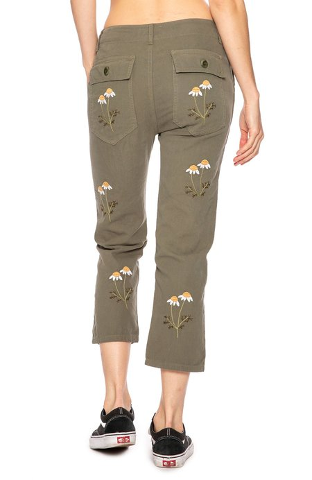 The Great. Daisy Embroidered Army Pant - Army Green