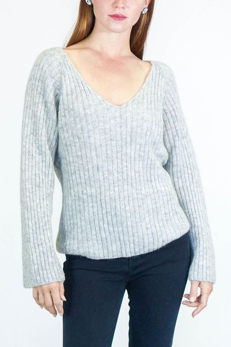 Skin Ada V-Neck Sweater - Light Heather Grey