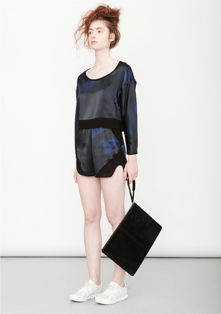 Berenik SHORTS - print blue/black