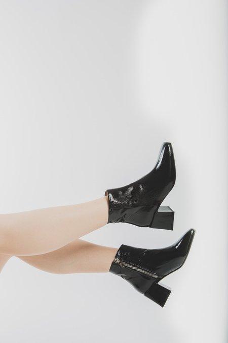 LOQ Lazaro Boot - Black Crinkle Patent