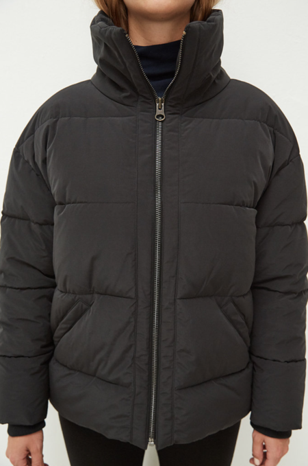 Embassy Of Bricks And Logs Manitoba Down Jacket - Black