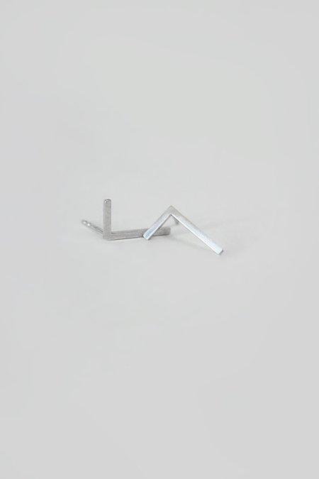BUNNY TALES 90° FLAT EARRINGS - Silver