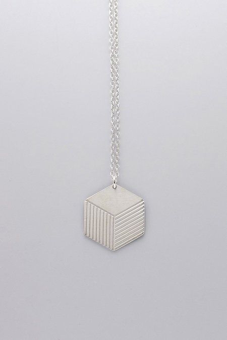 MOODLIKEME BOX NECKLACE