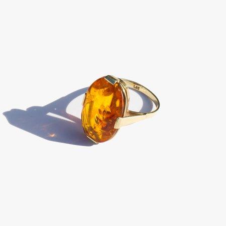 Vintage Kindred Black Amber and 14K Gold Cocktail Ring