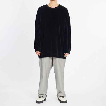 S.K. Manor Hill Oversized Velour Crewneck Sweatshirt - Black